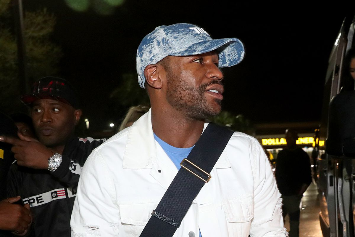 Floyd Mayweather arrives at his birthday celebration at Premier Restaurant & Lounge on February 21, 2021 in Miami, Florida.