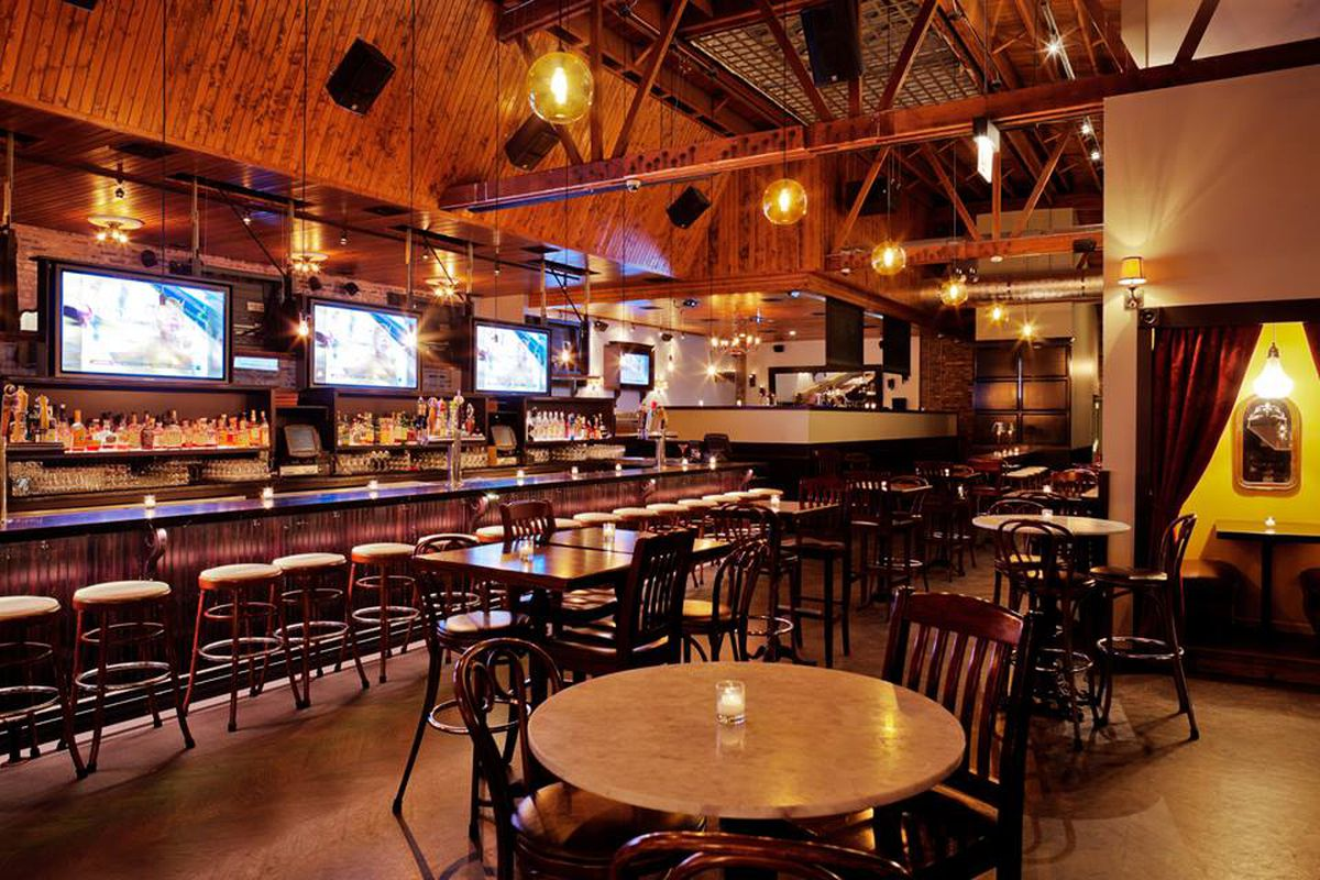 Old Town Social Shutters After Nine Years On North Avenue