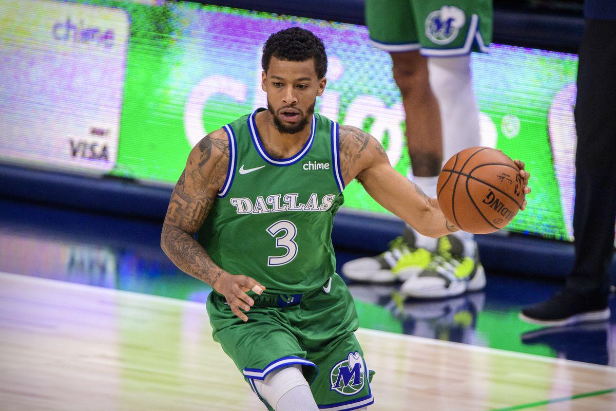 NBA: Charlotte Hornets at Dallas Mavericks