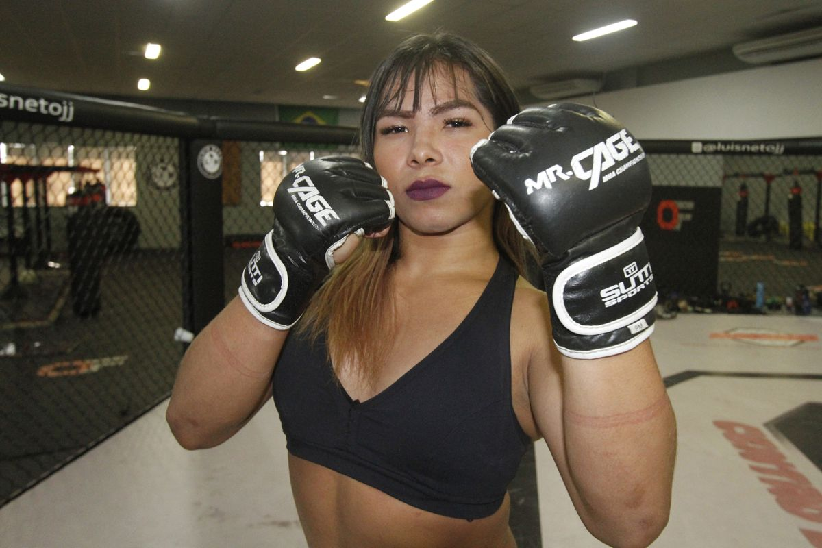 Brazilian promotion books MMA fight between man and