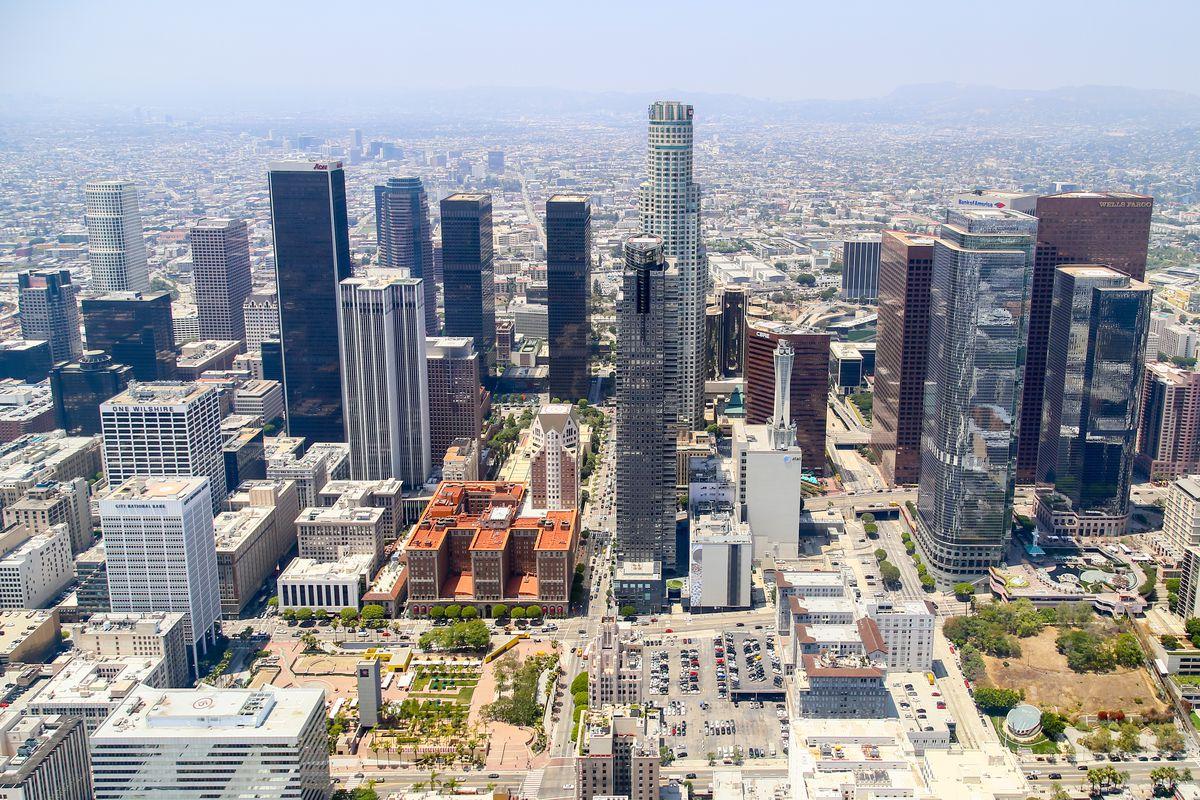 LA's seismic retrofit law ignores steel skyscrapers - Curbed LA