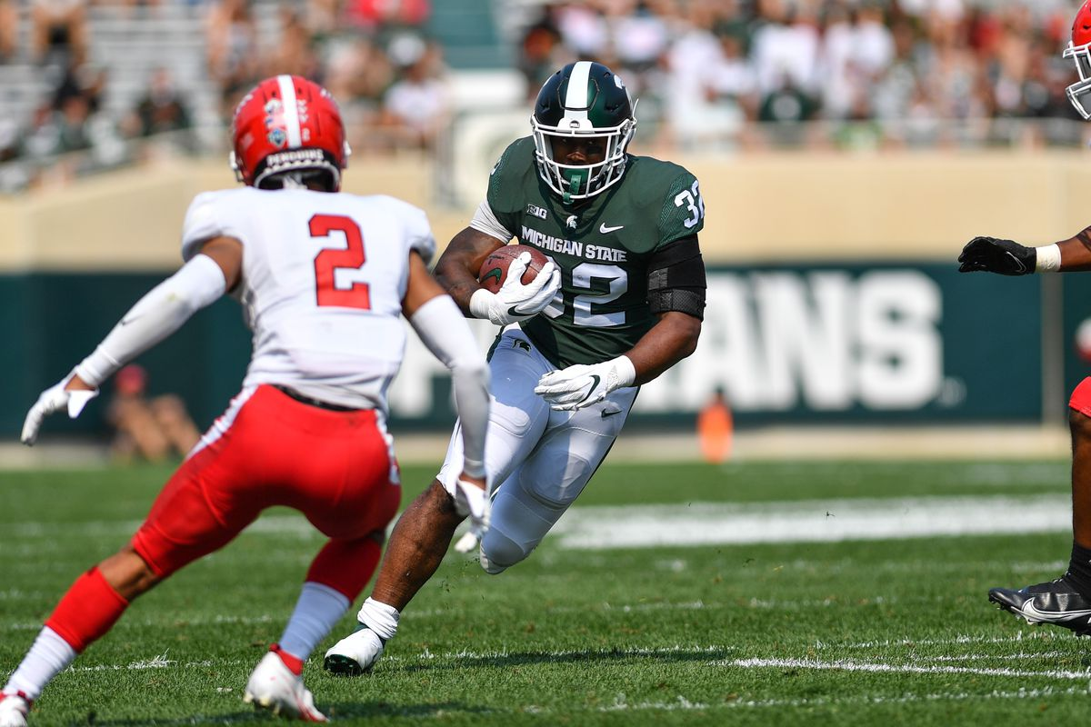 COLLEGE FOOTBALL: SEP 11 Youngstown State at Michigan State