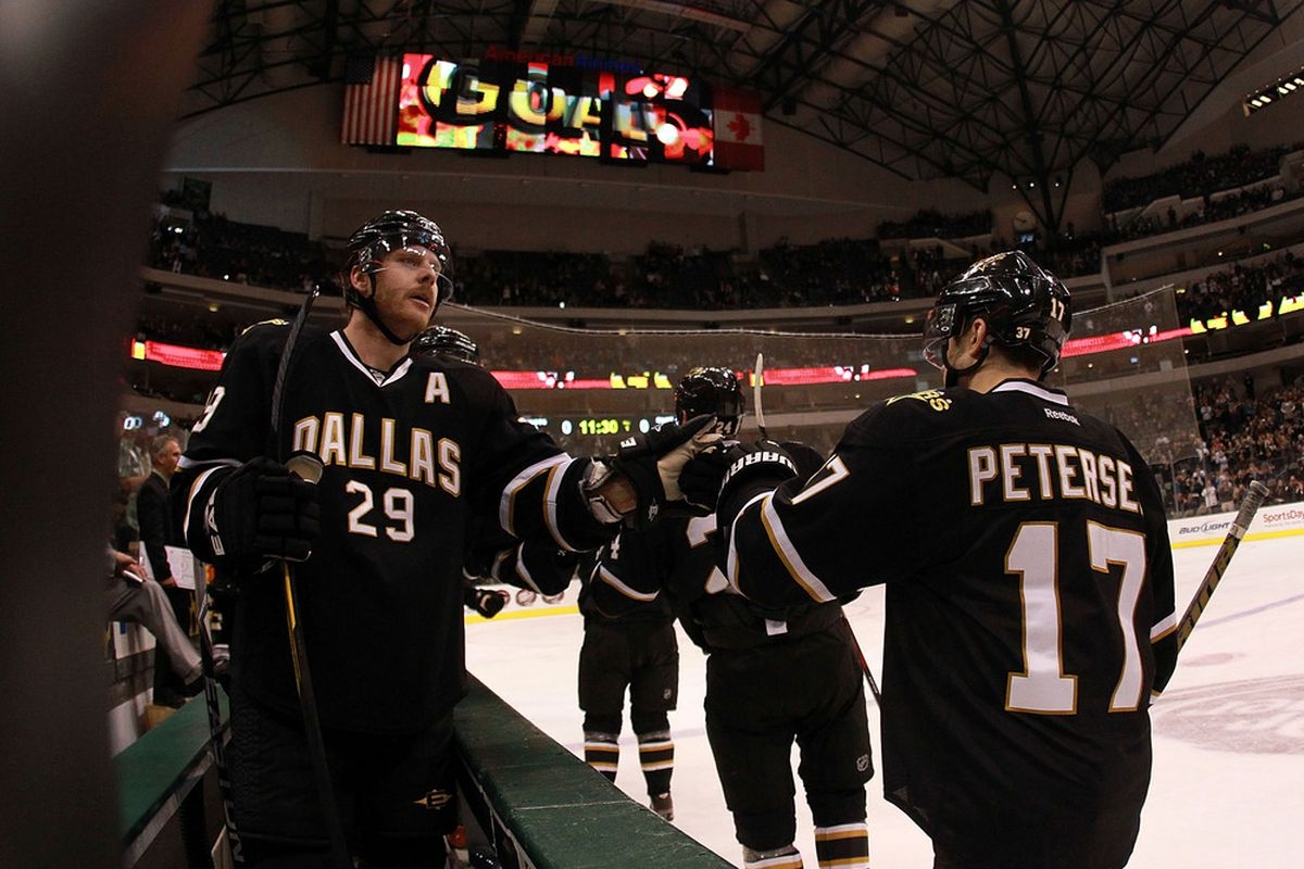 DALLAS, TX - NOVEMBER 21:  Steve Ott #29 celebrates a goal with Toby Petersen #17 of the Dallas Stars during play against the Edmonton Oilers at American Airlines Center on November 21, 2011 in Dallas, Texas.  (Photo by Ronald Martinez/Getty Images)