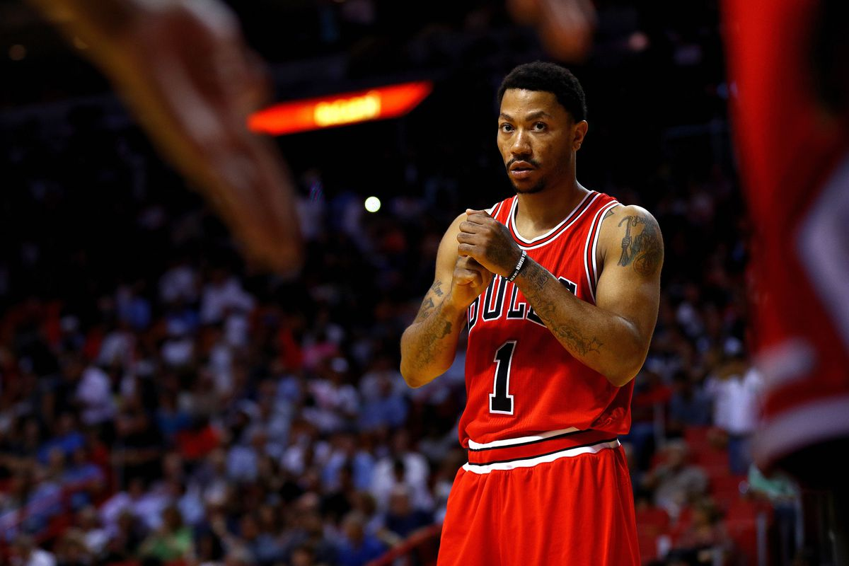 8a0b5d3570d3 Derrick Rose traded to Knicks in deal involving Robin Lopez ...