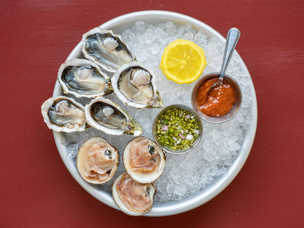 Oysters and clams on ice at Found Oyster in LA.
