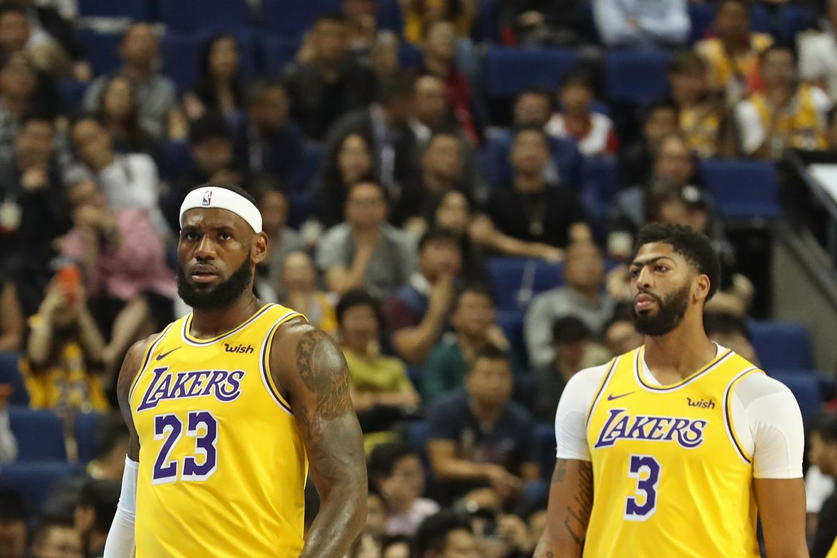 Lakers Podcast: How can L.A. optimize having LeBron and Anthony Davis?