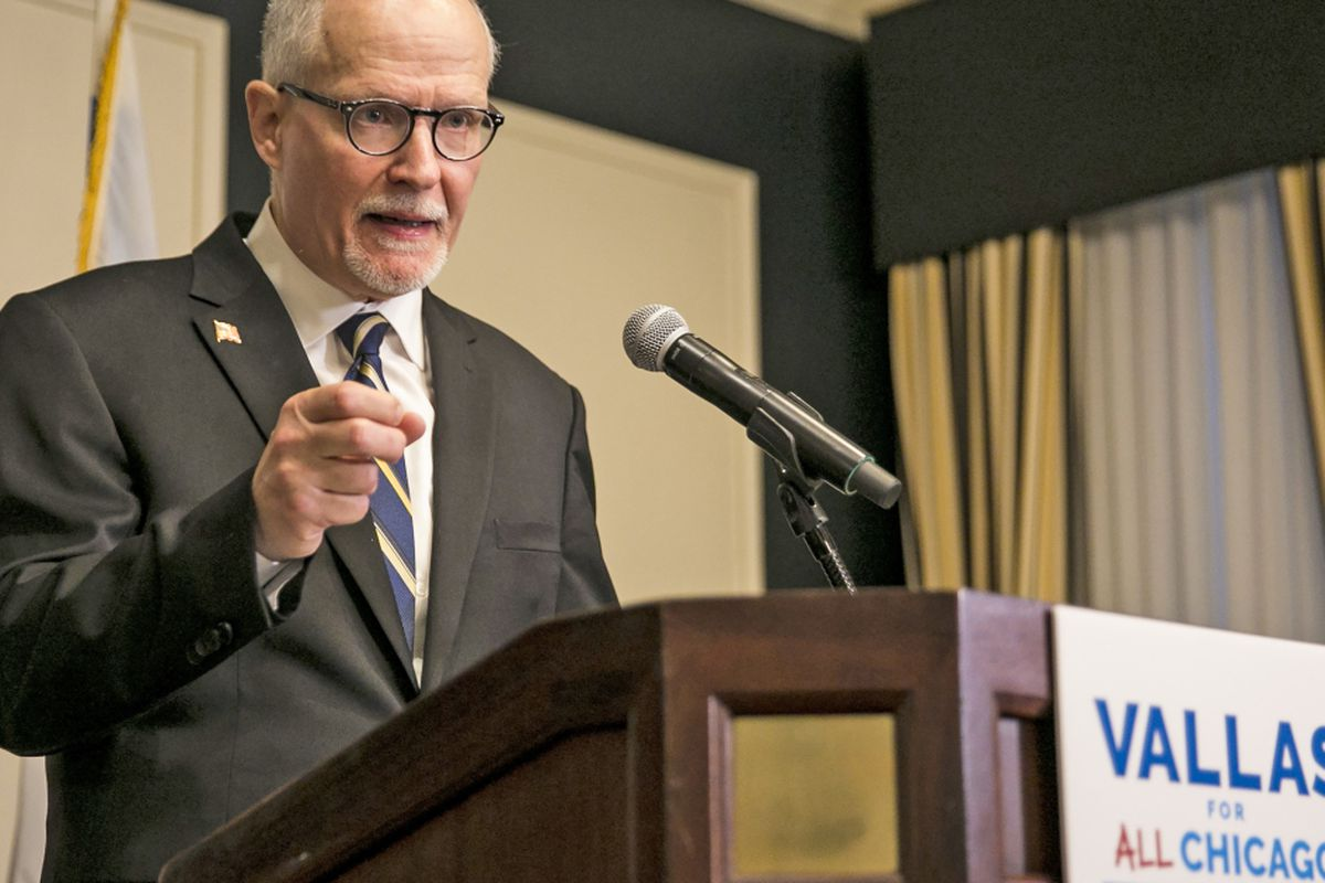 Vallas outlines plan to bolster Chicago Police Department to 14,000