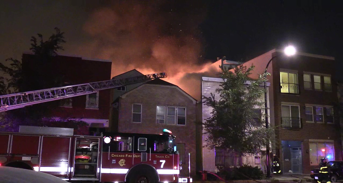 Five fires were set in the Heart of Chicago neighborhood Sept. 16, 2016, leaving a man dead at eight people displaced, police said. | NVP News