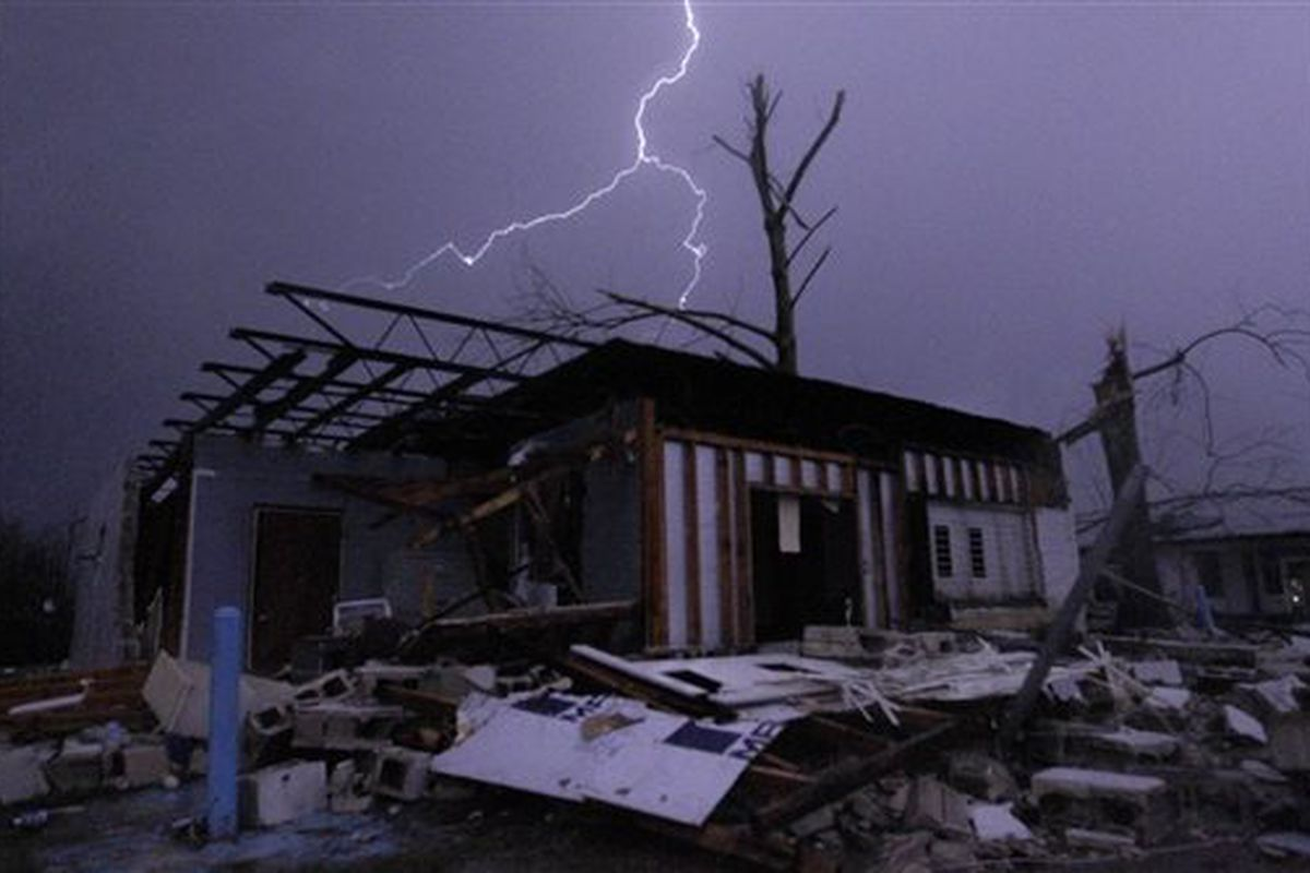 Alabama Tornado Adds To Christmas Storm Woes Chicago Sun Times