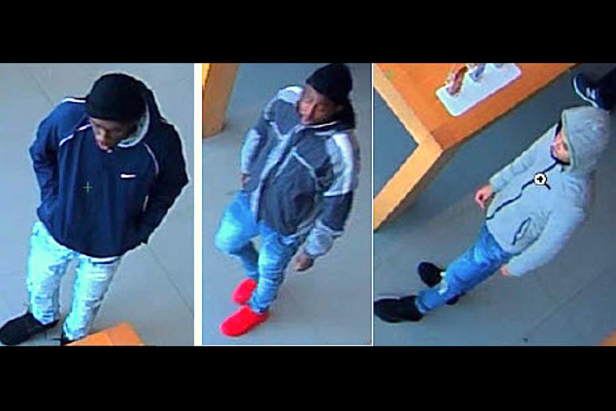 Apple Store robbery: Suspects grab $10K of iPhones from an Oak Brook store
