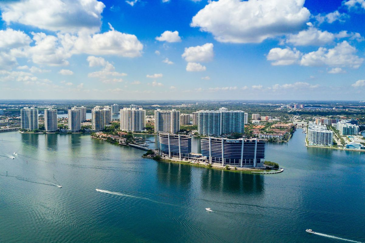 miami drone tour: privé island's model residence - curbed miami