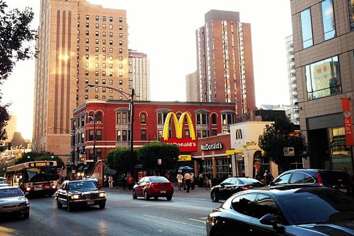 McDonald's at Chicago and State