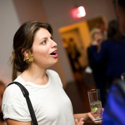 ThreadNY editor Laurel Pinson demonstrates her accessorizing prowess (look at those bird earrings!)