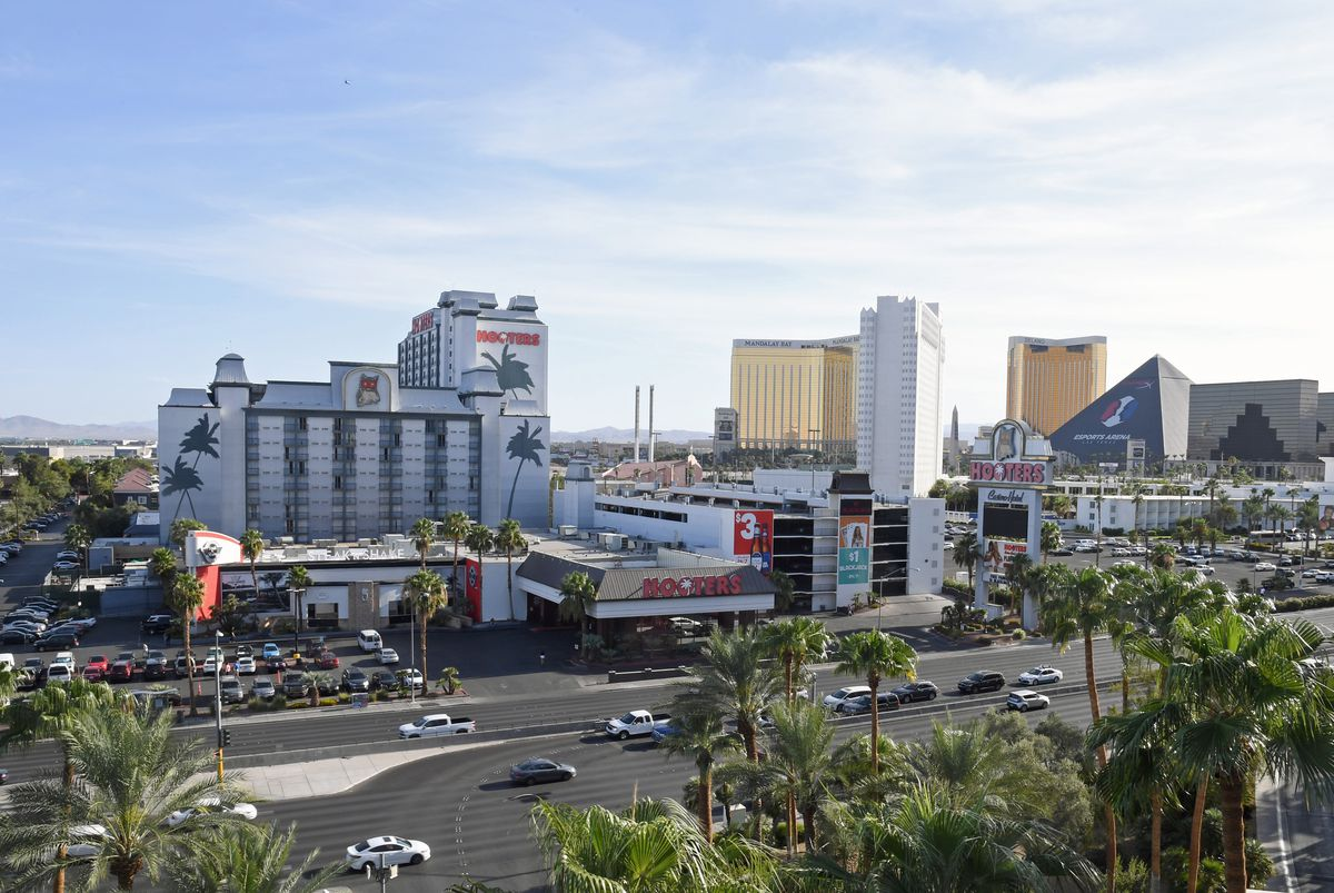 Hooters Casino Hotel In Las Vegas To Be Rebranded By OYO Hotels