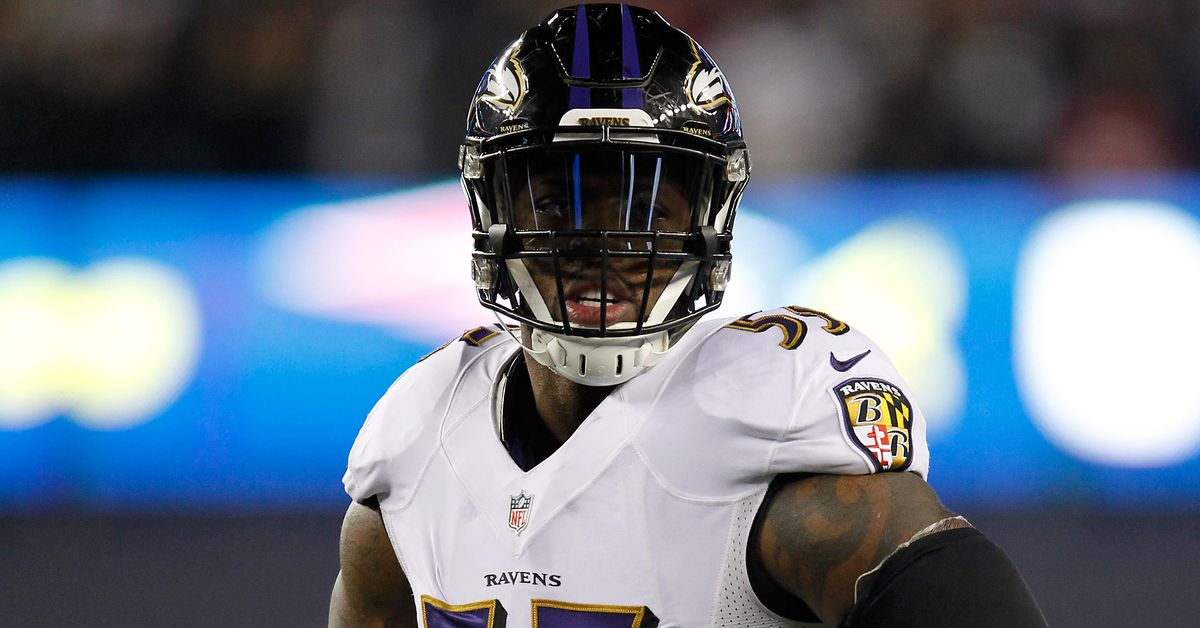Terrell Suggs is 1 of 3 players left from the original 'NFL Street' roster