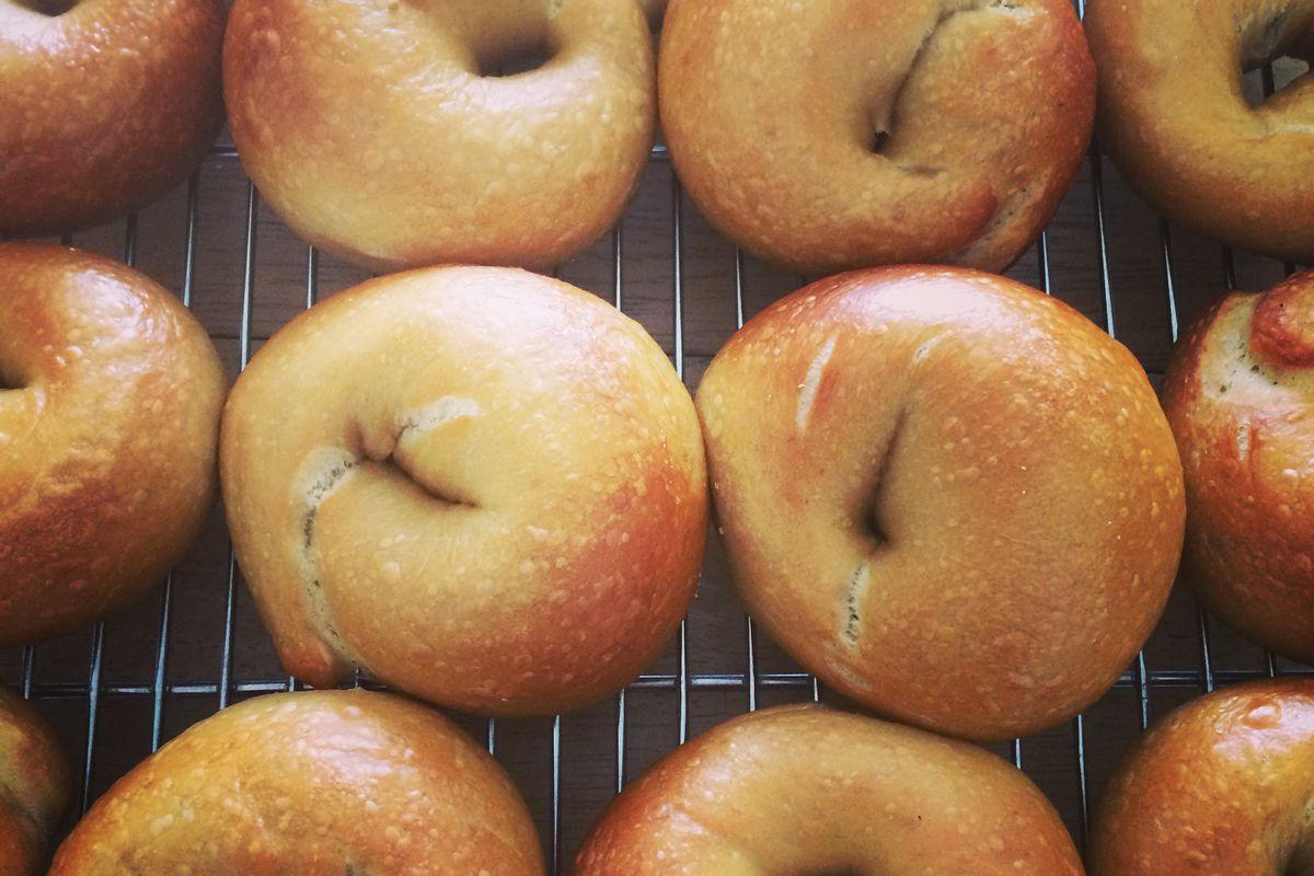 A rack full of bagels from Boichik Bagels