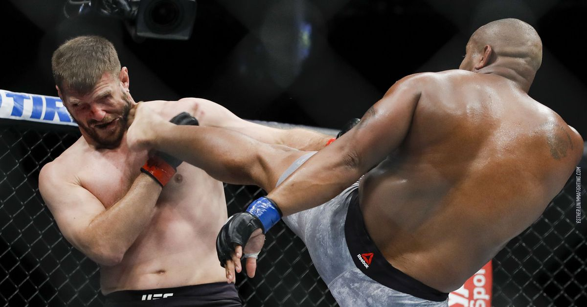 Stipe Miocic vs. Daniel Cormier full fight video