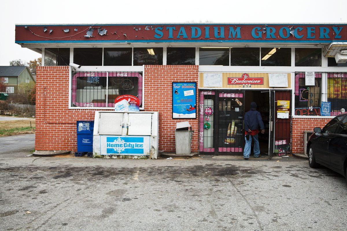 Will Stadium Grocery on Hank Aaron Drive get a new name?