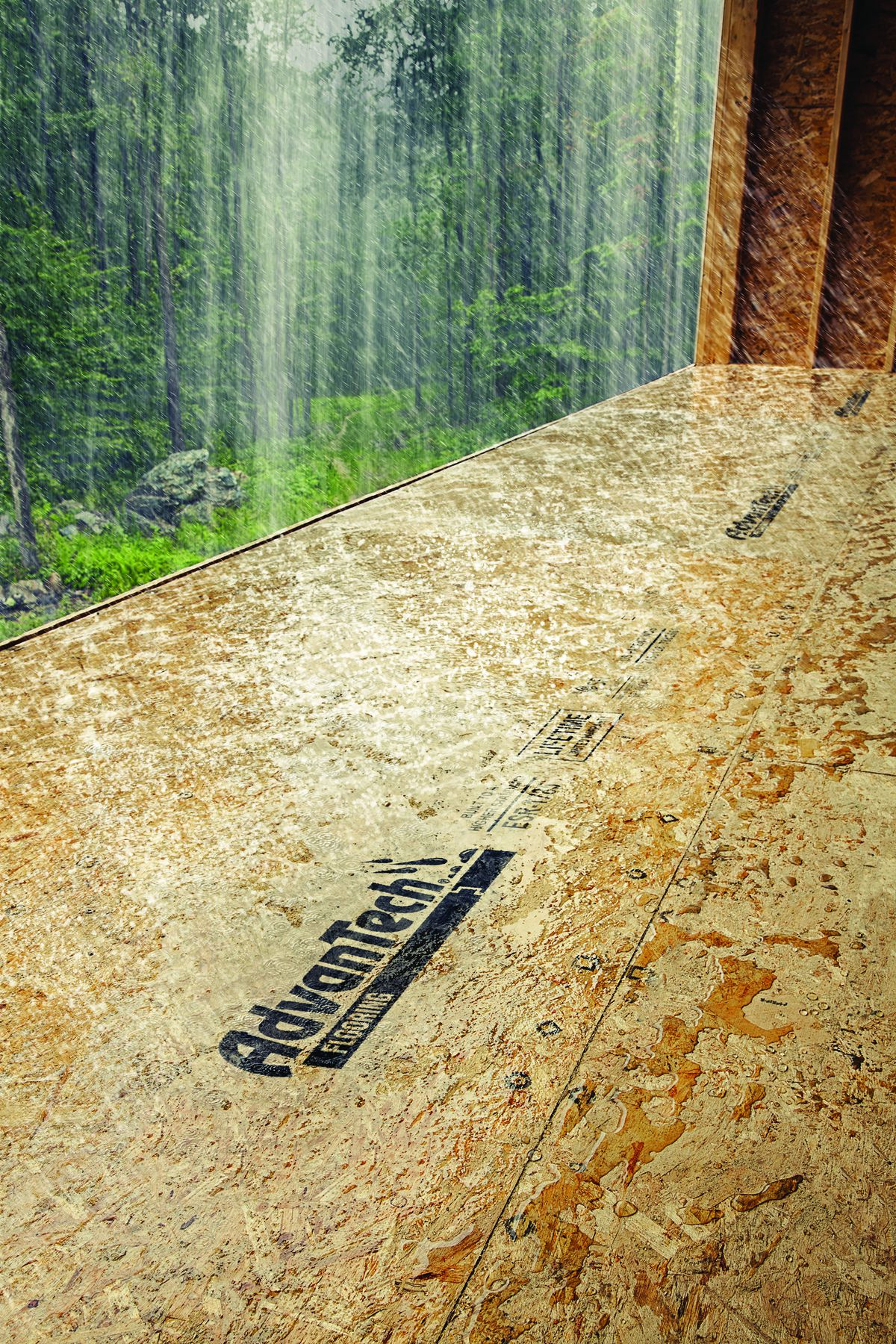 Moisture Resistance: Standing up to jobsite conditions<br>