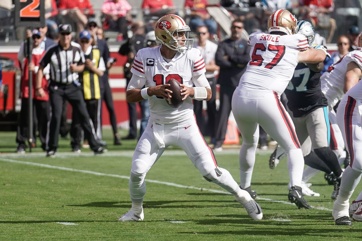 San Francisco 49ers quarterback Jimmy Garoppolo looks to pass the ball against the Carolina Panthers during the first quarter at Levi's Stadium.