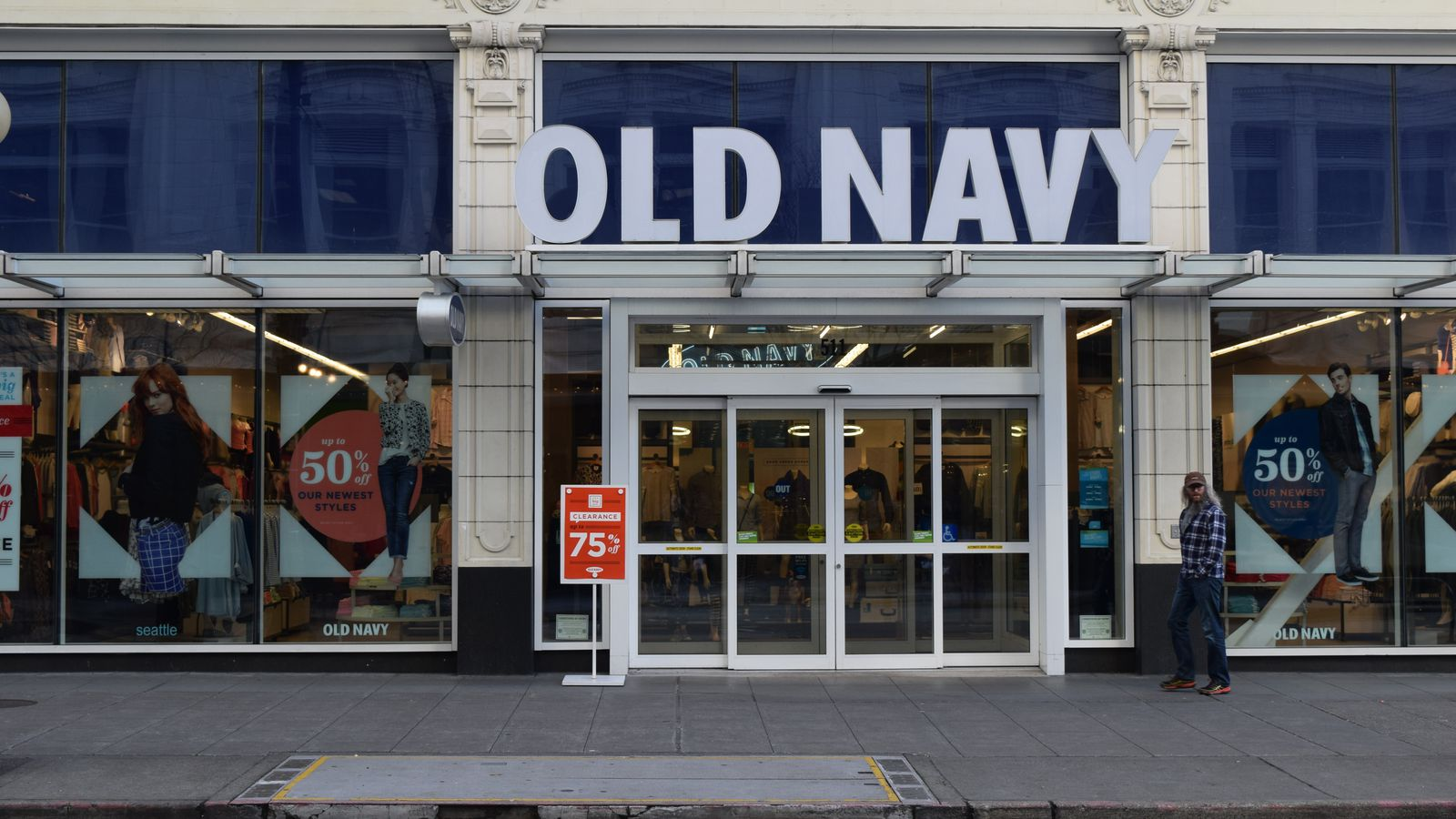 264d0ee4e8b77 Old Navy Is Low-key Good Now - Racked