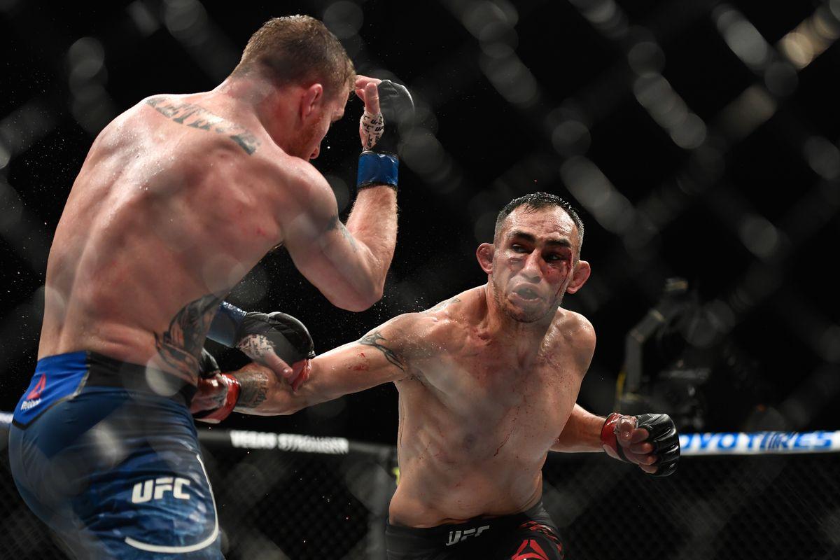 UFC Fight Night 106 results: Kelvin Gastelum rolls over