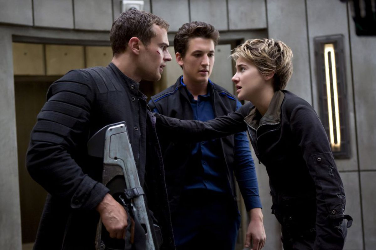 insurgent is better than divergent. but it's still not very good. - vox