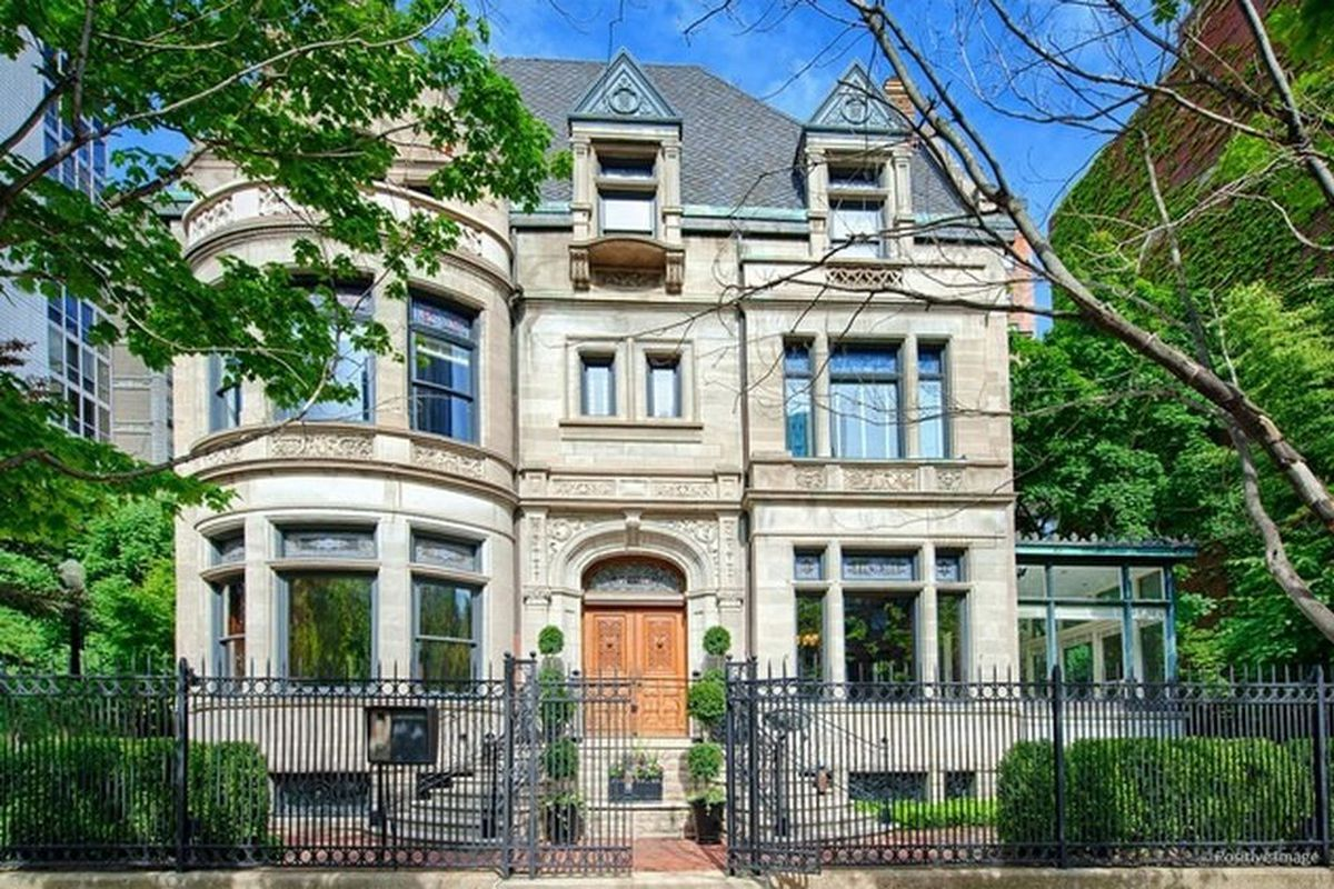 Chicago s lurie mansion sells for 12 million curbed chicago for Chicago mansion for sale