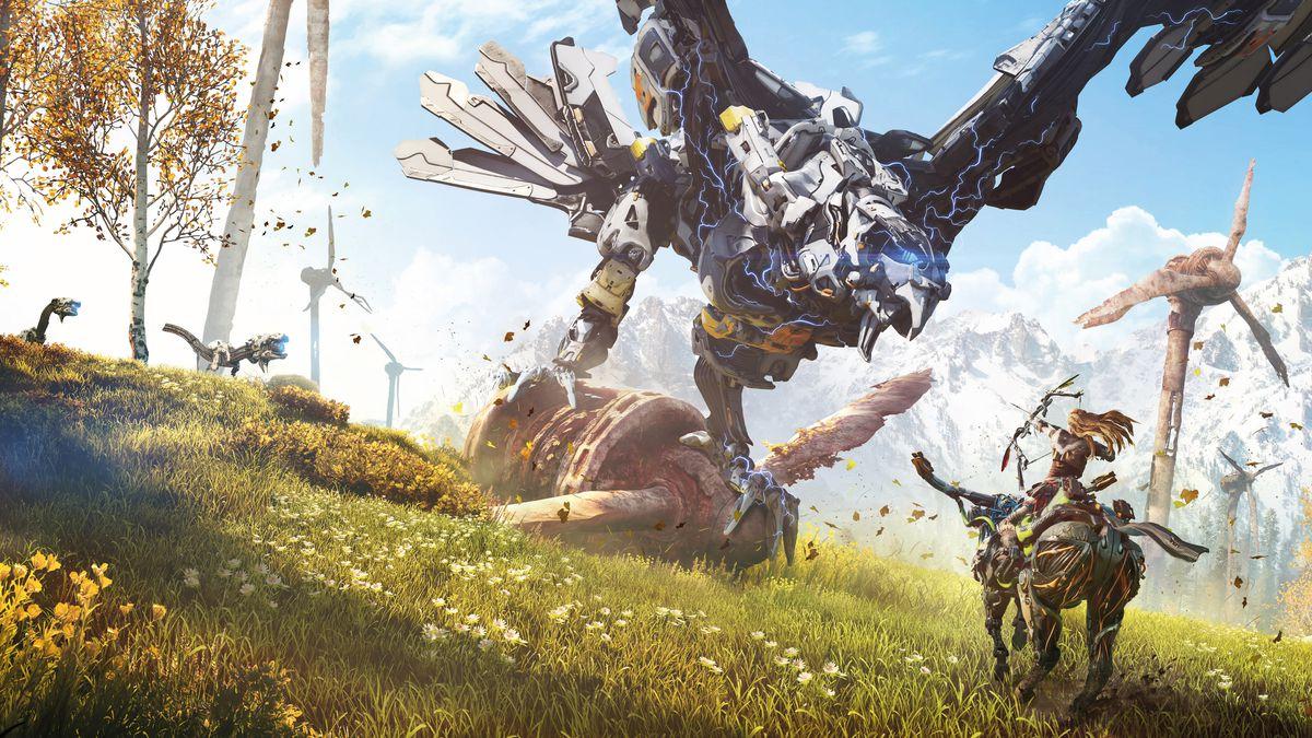 Cover image from Horizon Zero Dawn #1, Titan Comics (2020) with a robotic, mechanical eagle