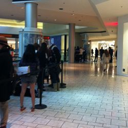 Shoppers broken into batches