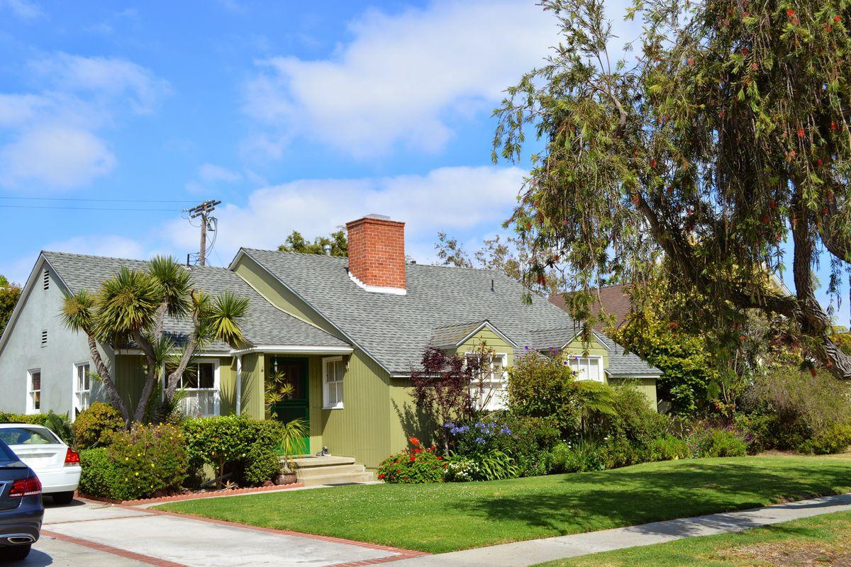 La County Median Home Price Hits 550k Curbed La