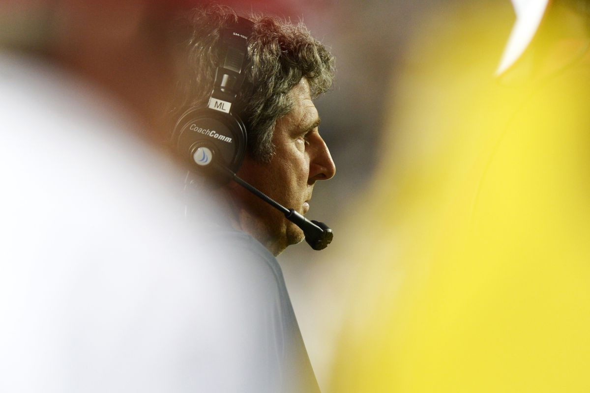 This picture of Mike Leach comes from our photo tool. Looks like someone was trying to be artsy.