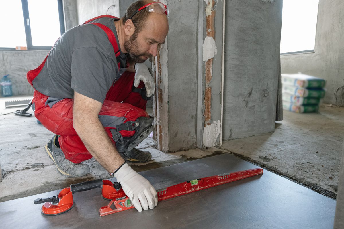 Leveling a Concrete Floor, Self Leveling