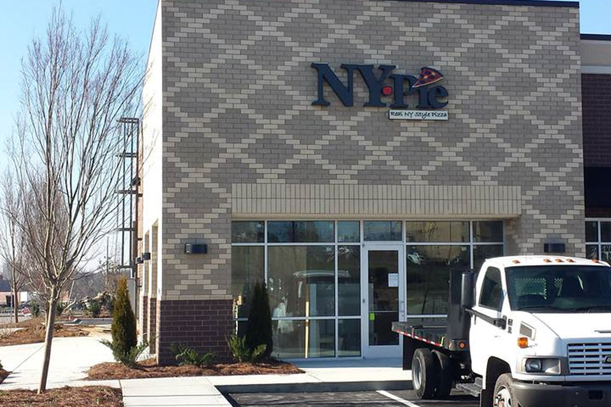 The new NY Pie location in Hendersonville.