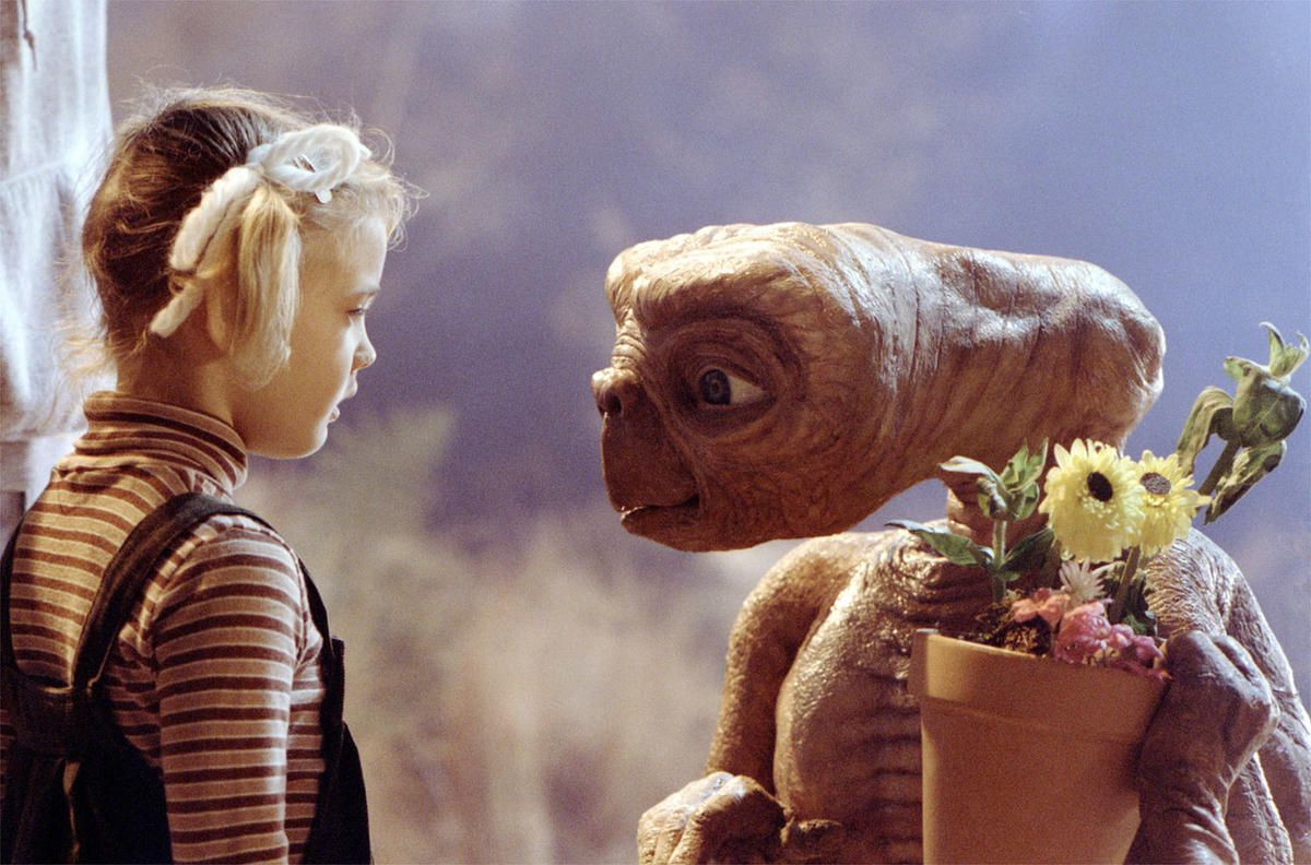 """Gertie (Drew Barrymore) says goodbye to E.T. in """"E.T. the Extra-Terrestrial."""""""