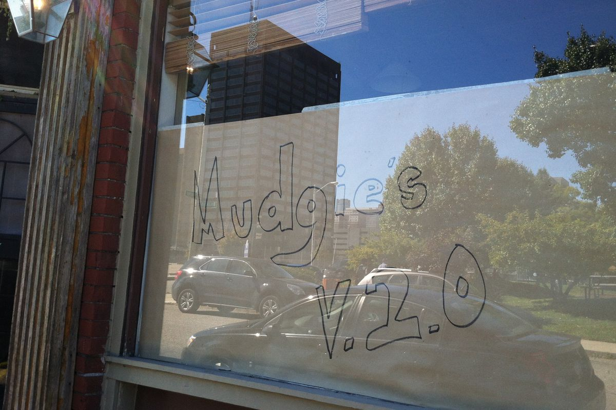 Mudgie's is expanding into a neighboring storefront.