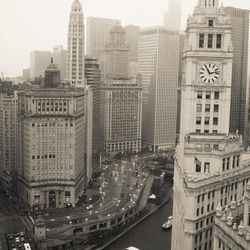 For the bohemian ex-pat, a photographic reminder of his roots. Chicago Architecture View photo, $30+, Rebecca Plotnik