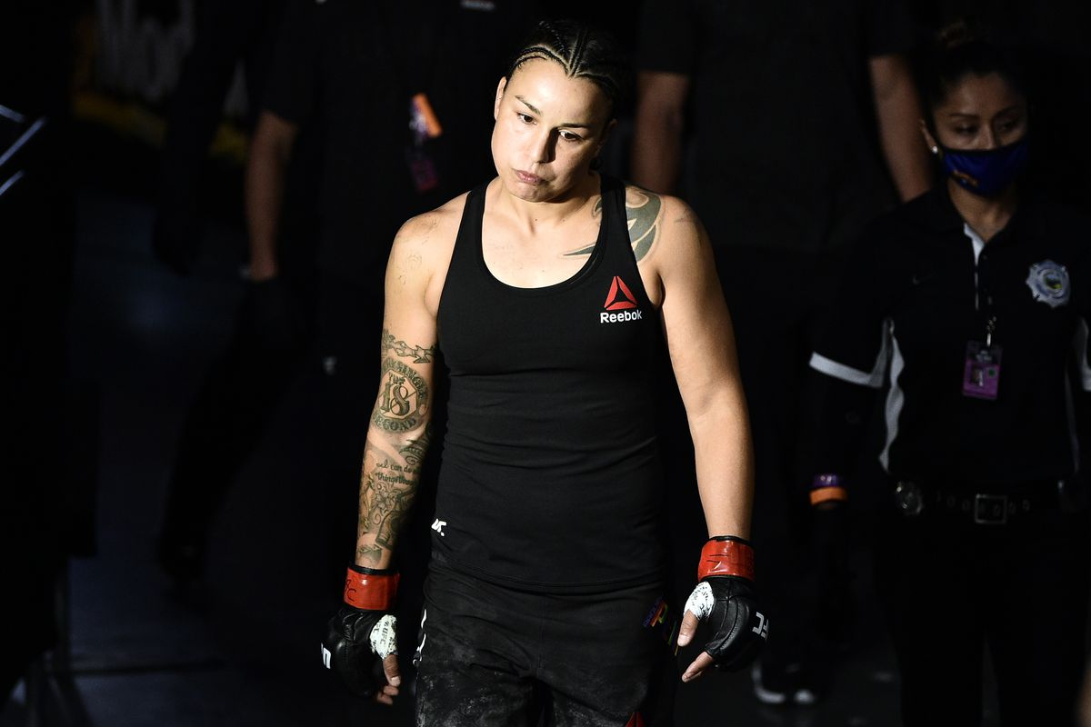 Raquel Pennington ahead of her fight with Marion Reneau at UFC Vegas 3.