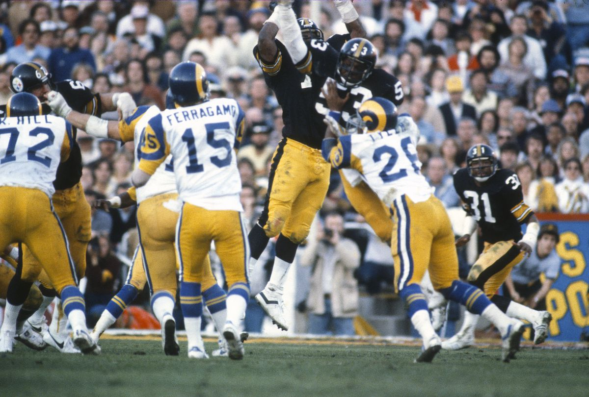 Super Bowl XVI - Pittsburgh Steelers v Los Angeles Rams