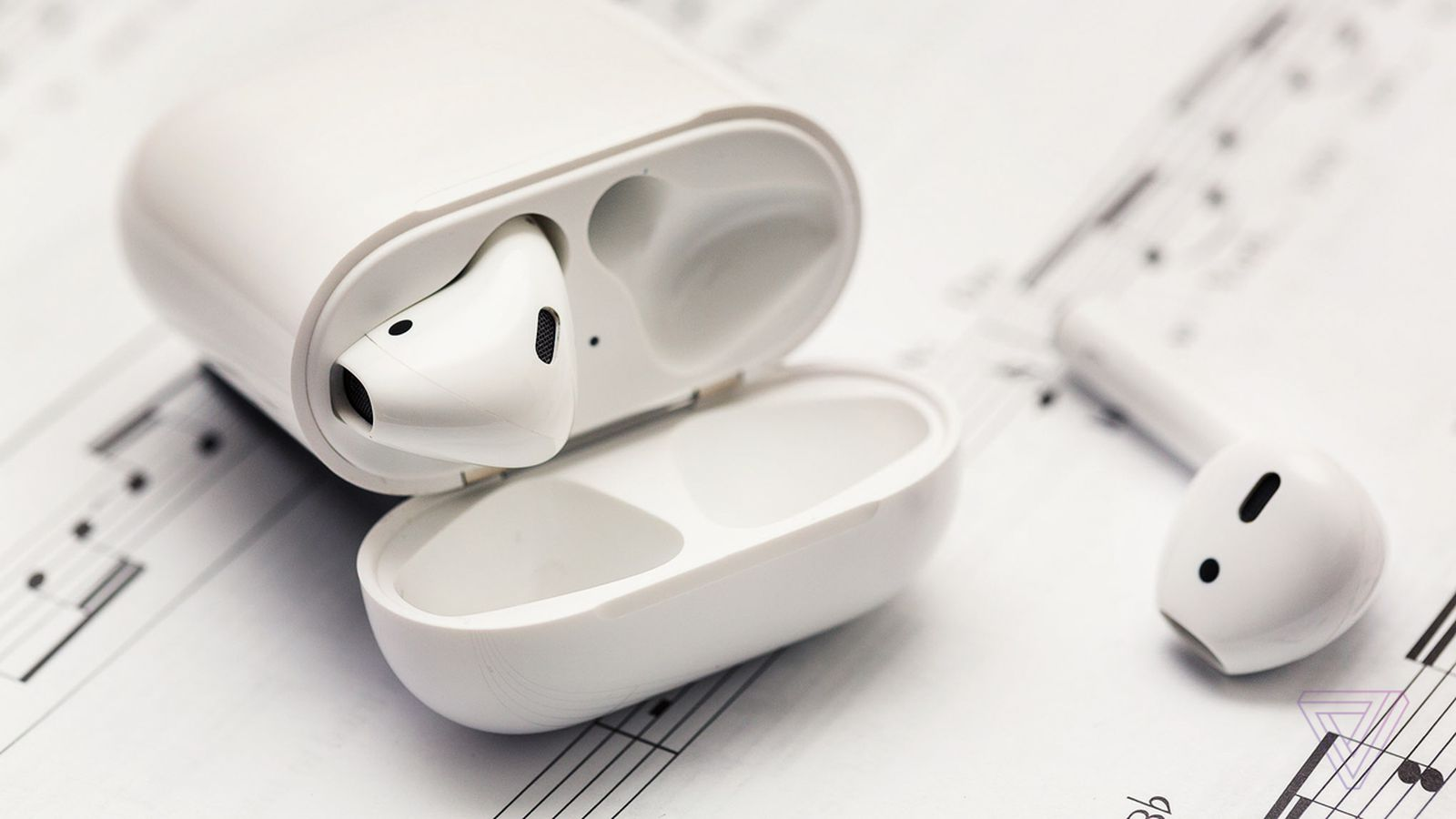 Apple AirPods review: wireless that wows, earbuds that don't