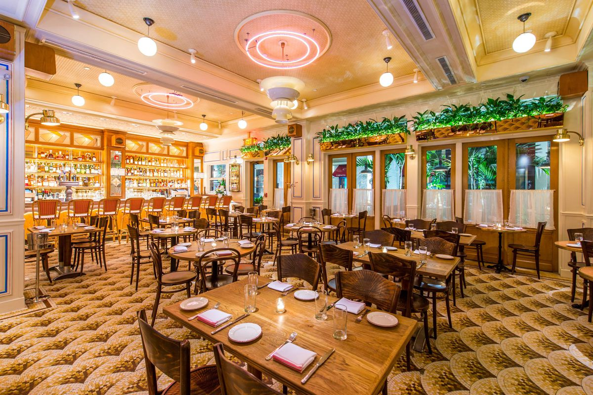 Stephen Starr S Le Zoo Debuts Inside The Bal Harbour Shops