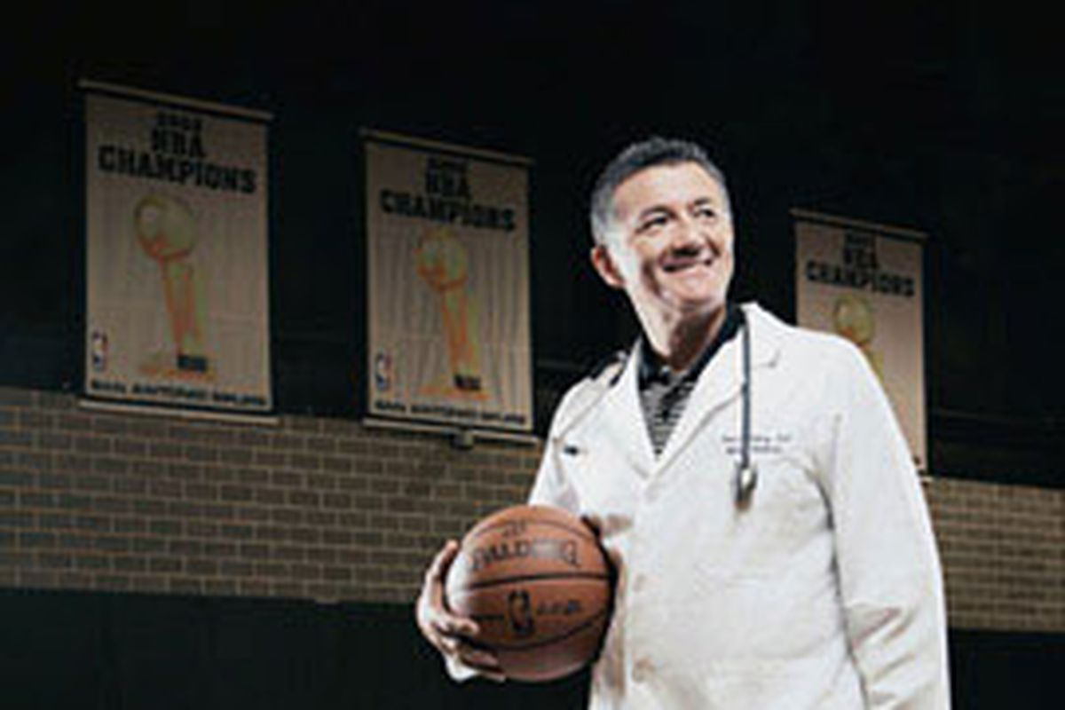 Spurs doctor to be awarded for his service in the field of osteopathic medicine