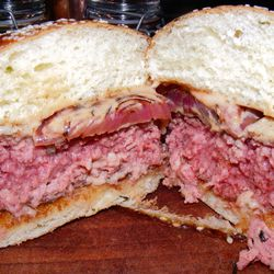 """Hamburger at The NoMad Bar by <a href=""""https://www.flickr.com/photos/37619222@N04/14338989369/"""">The Food Doc"""