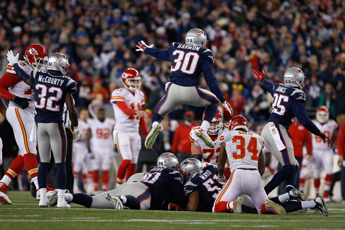 Chiefs at Patriots: Madden Simulation Predicts Close New England Victory