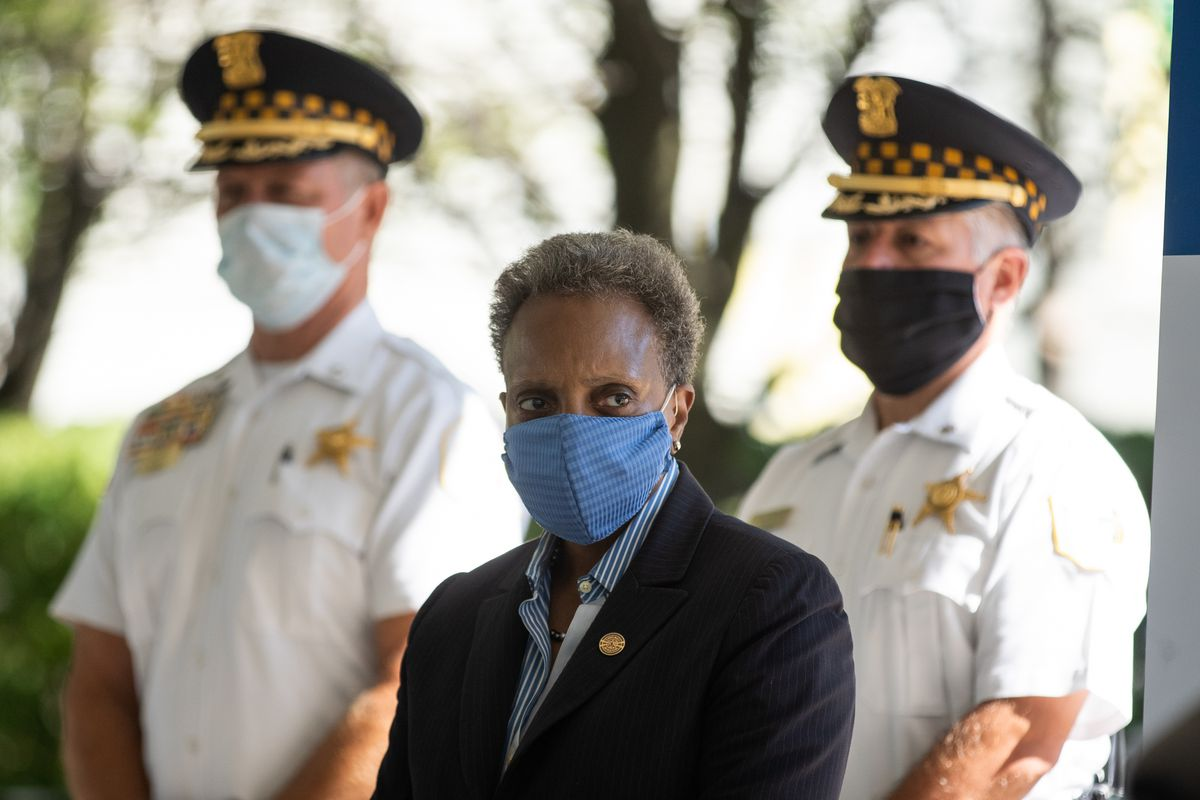 Mayor Lori Lightfoot's administration is asking judges to dismiss gun-offender registry arrests the Chicago Police Department makes. Former Mayor Rahm Emanuel's administration established the gun-offender registry but didn't pursue those violations, either, records show.
