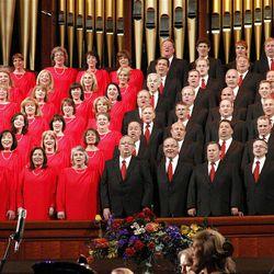 Mormon Tabernacle Choir members perform in Pioneer Day Concert dress rehearsal July 19, 2012
