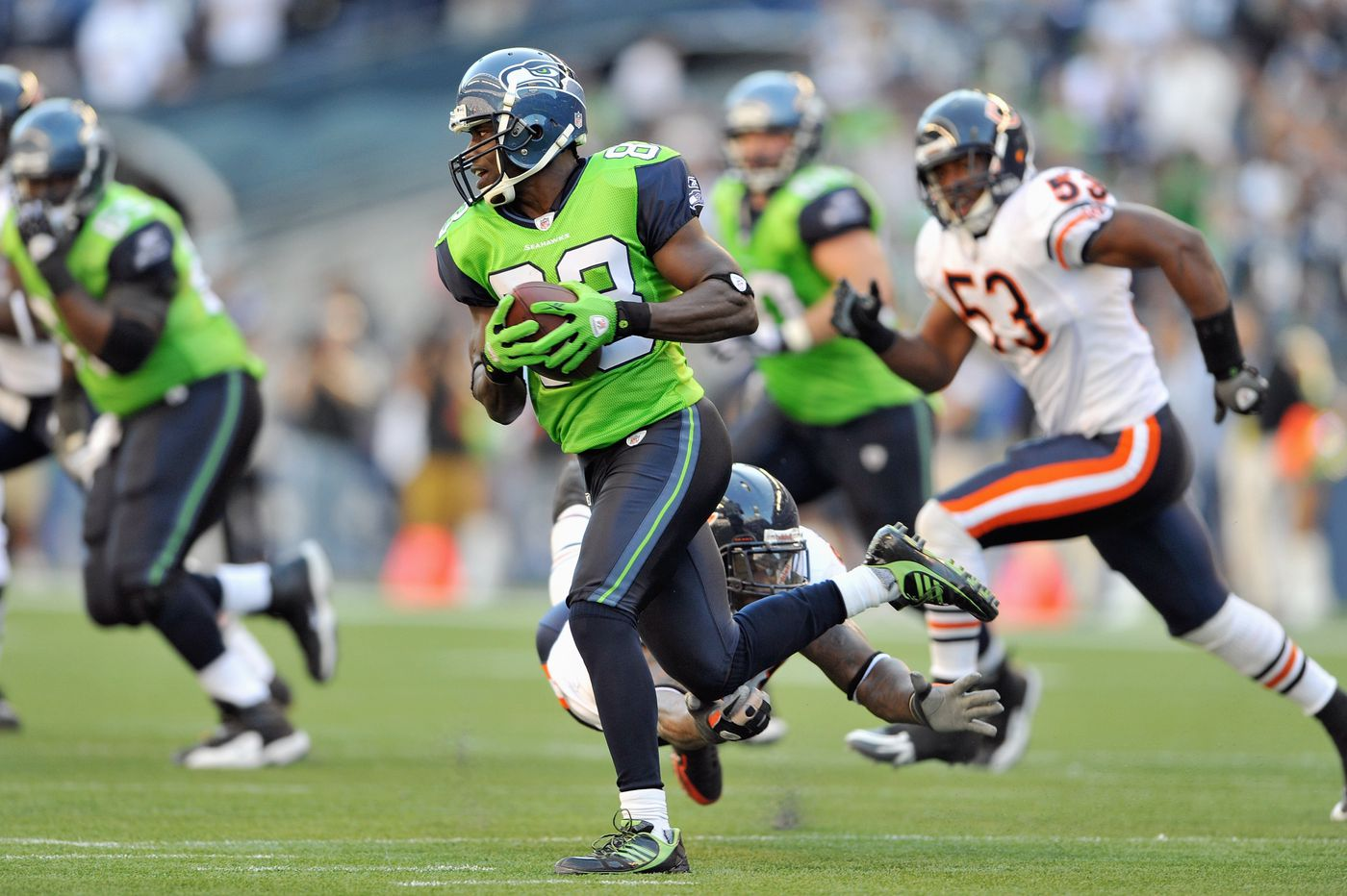 timeless design 1c06d 1c1ea May the Seattle Seahawks 'Action Green' uniforms never ...