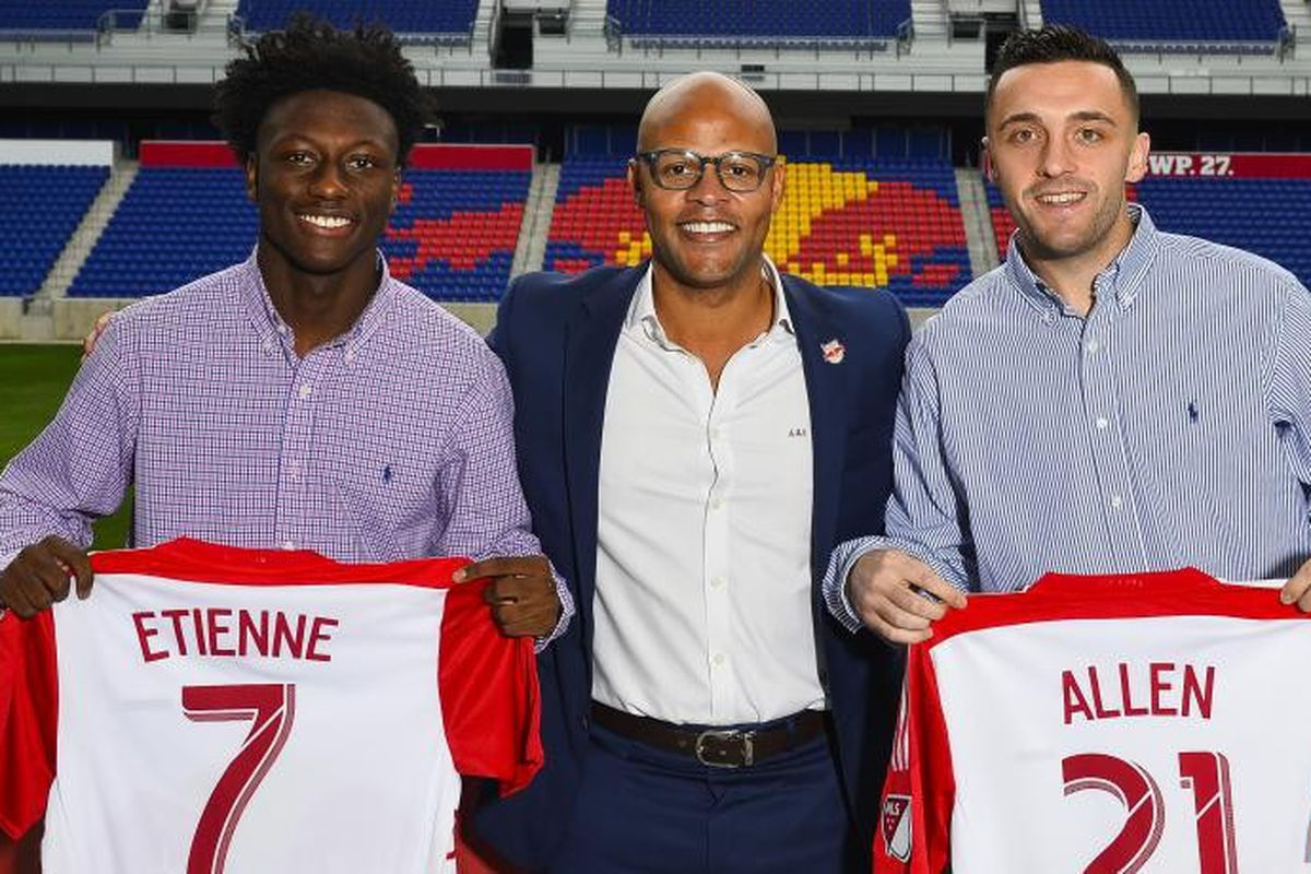 Derrick Etienne played in the USL as an amatuer. Does that hurt the league?
