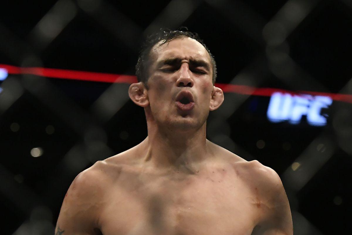 UFC\'s Tony Ferguson shares graphic photo of injured knee - Bloody Elbow
