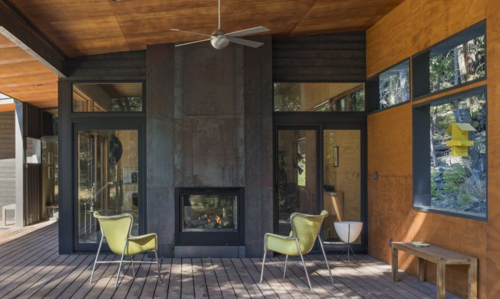 Midcentury Modern Inspired Cabin Offers A Cozy Getaway